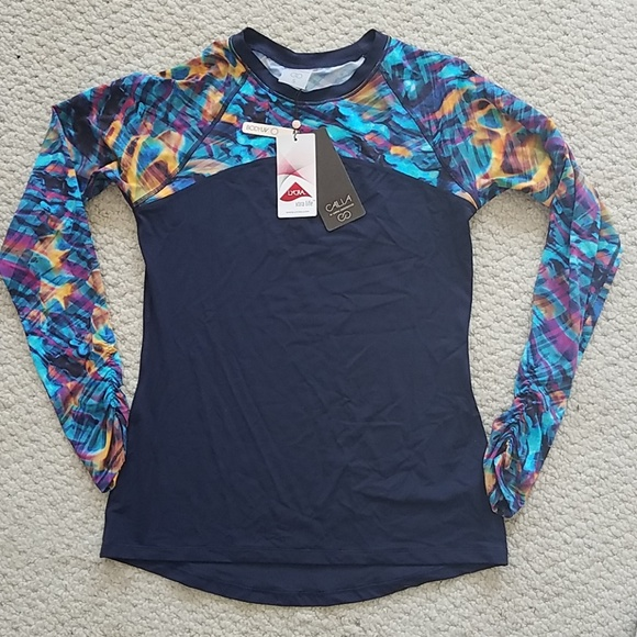 9089d7fe3e5 Brand New Women s Athletic Top. NWT. CALIA by Carrie Underwood